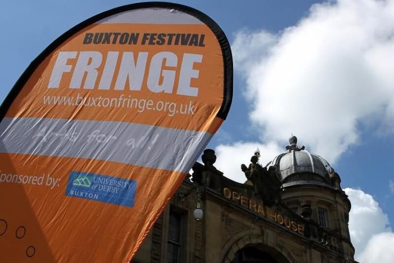 Fringe banner