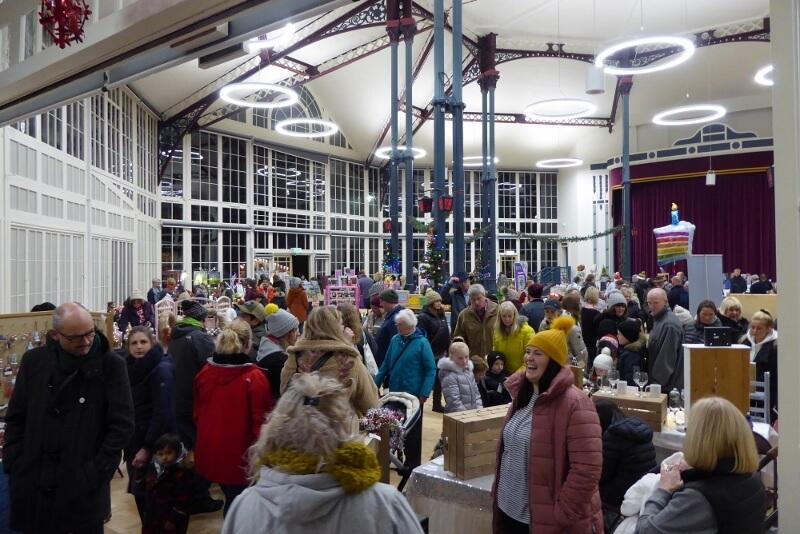Grand Bazaar in the Octagon Hall. Image courtesy of Ali Quas-Cohen.